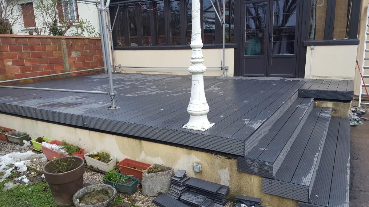 Modification et rénovation d'une terrasse en PVC